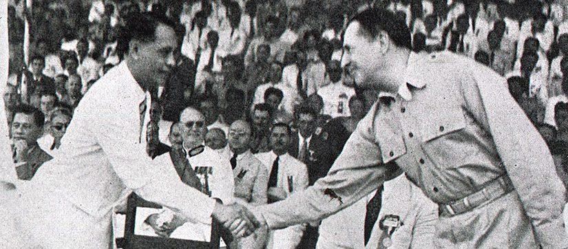 MacArthur-Roxas-Republic-Day-July-Fourth1946